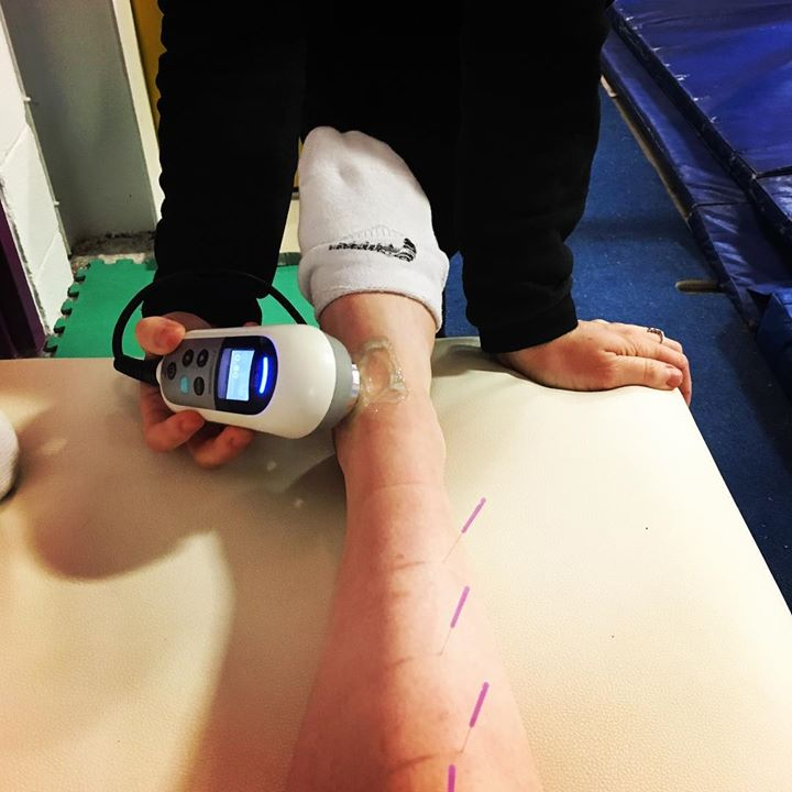On-site treatment @ottawagymnasticscentre - getting g Miss @meaghansmiith ready for her #teamireland trials!
